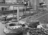 1954- Cakebuffet